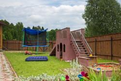 Особенности строительства детской площадки